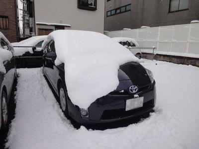 prius_snow.jpg