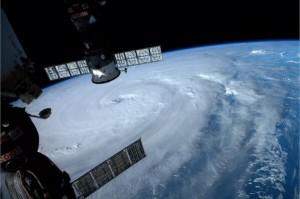 typhoon8_14_7_5